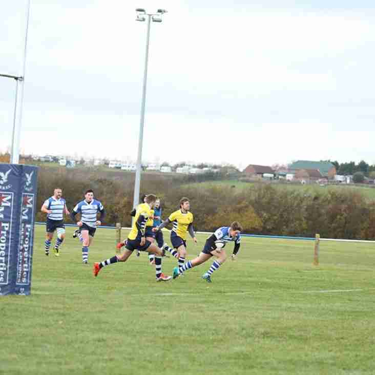 Blues top league after beating Leighton Buzzard 50 - 5