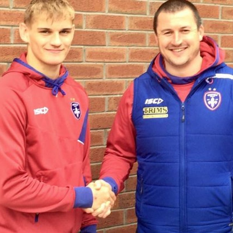 Congratulations to Luke Hooley who signs with Wakefield Trinity