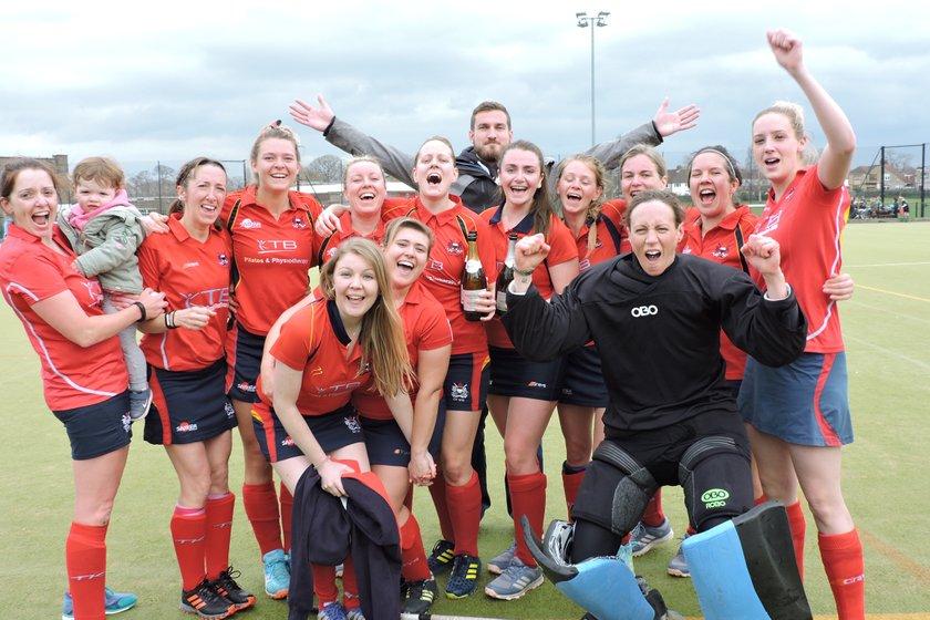 Ladies 1s Win the League!