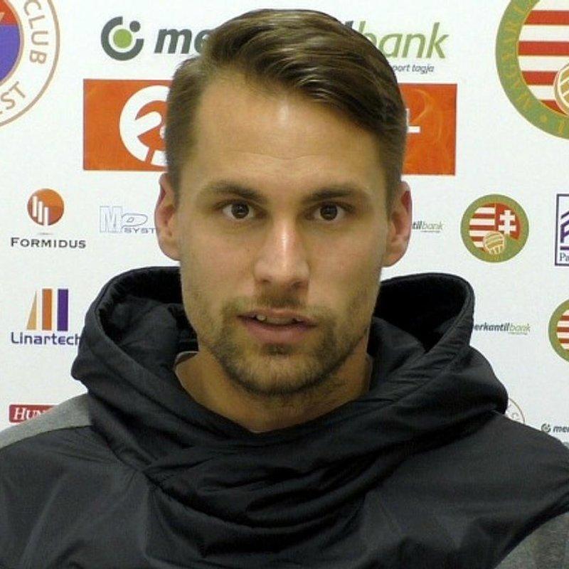 CZVITKOVICS PÉTER A GRUND FC KÖTELÉKÉBEN!
