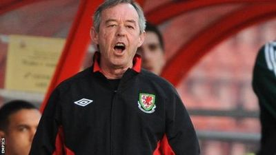 Return Of The Flynn! Brian Back To Help New Wrexham Boss