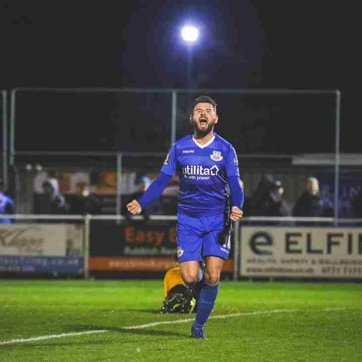 Strevens Is Smiling As Eastleigh Storm Into Contention