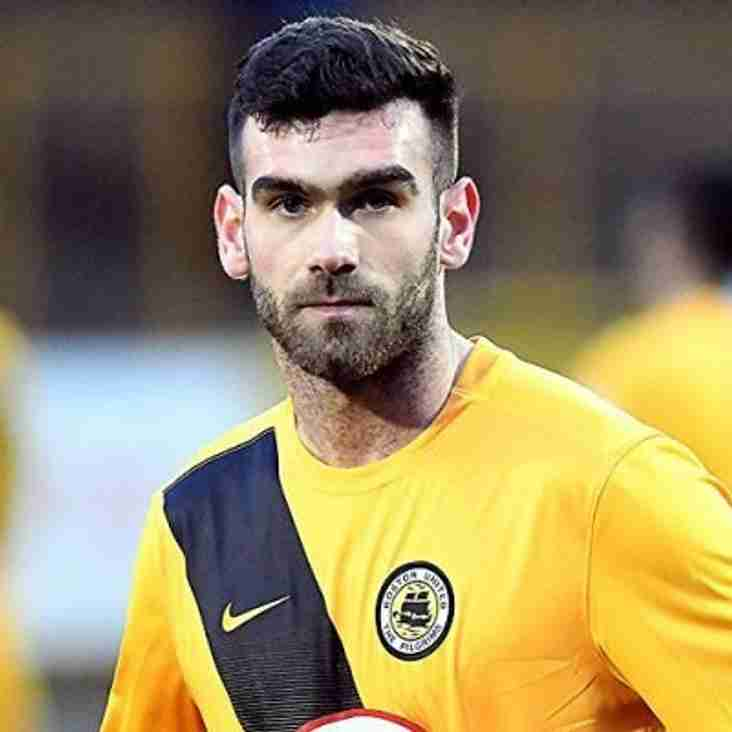 Dyche joins Celts on dual-reg
