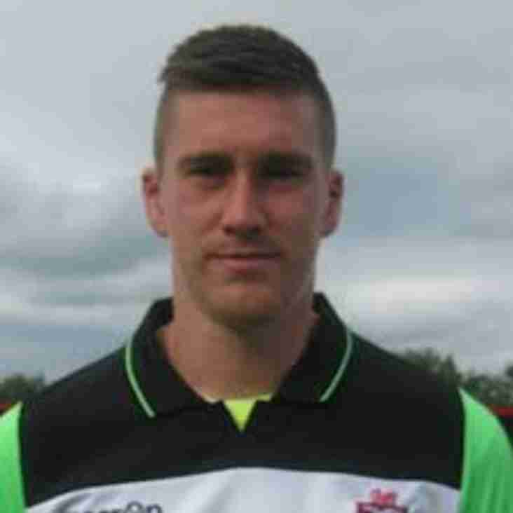 Mossley bring in Ollerenshaw
