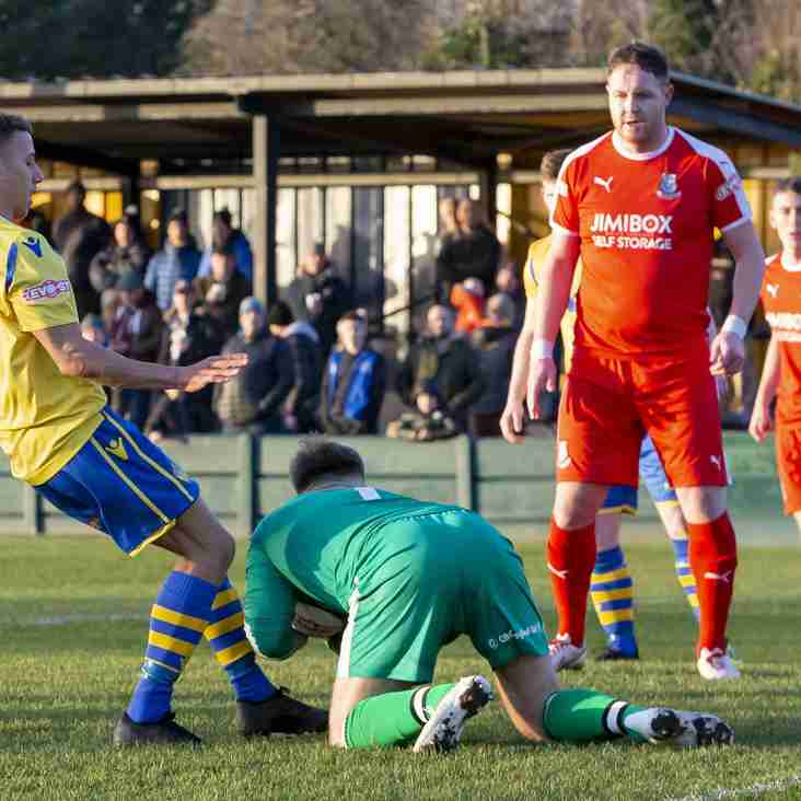 Premier Round-up: Farsley and Warrington turn up the heat