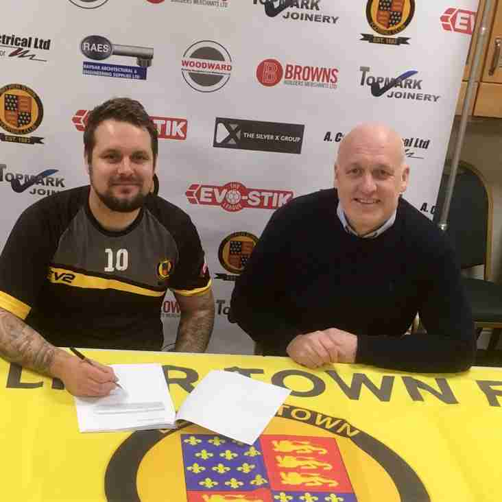 Management duo commit to the Nailers