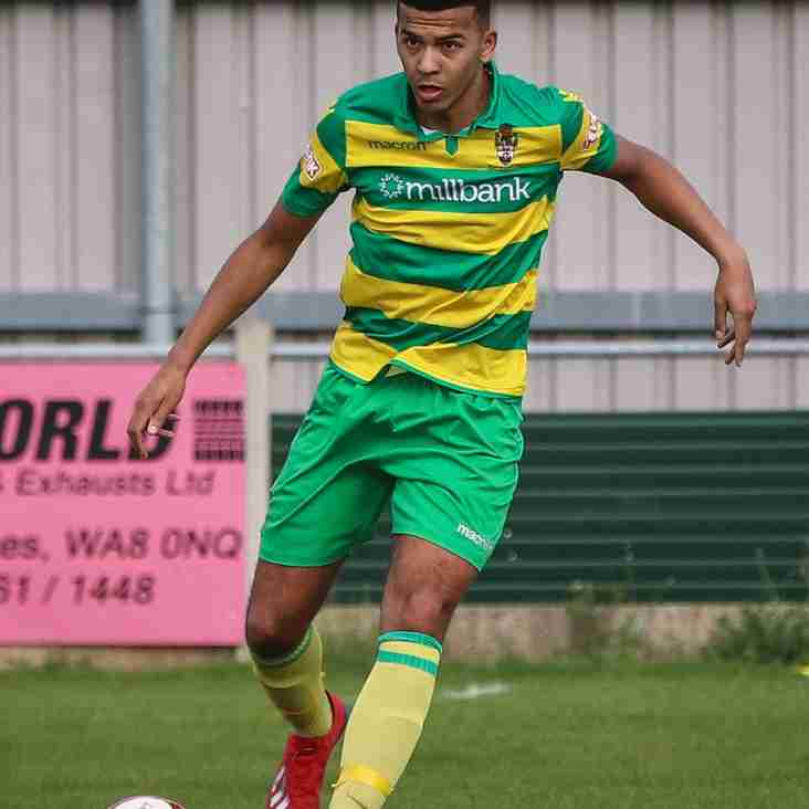 Linnets star signs for FC United