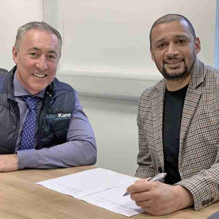 Curtis Woodhouse signs new contract
