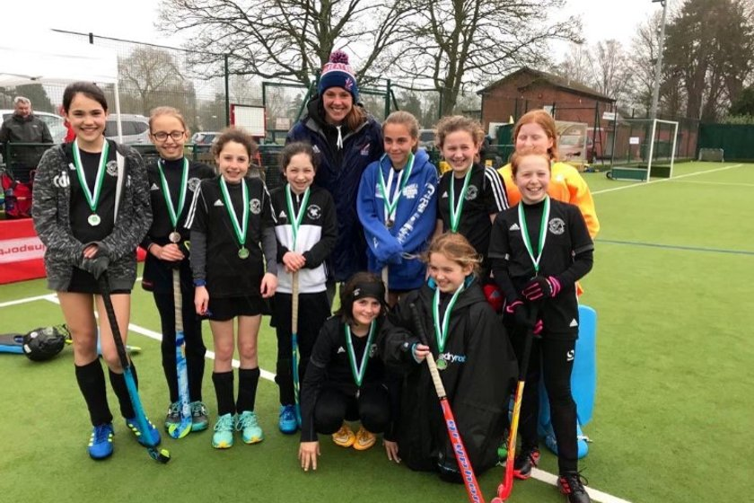 Girls come 2nd to confirm place at In2 Hockey U12 Regional Finals