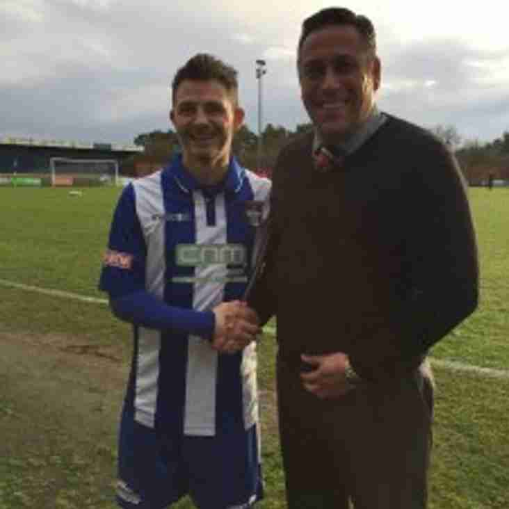 Cureton signs up with Blues