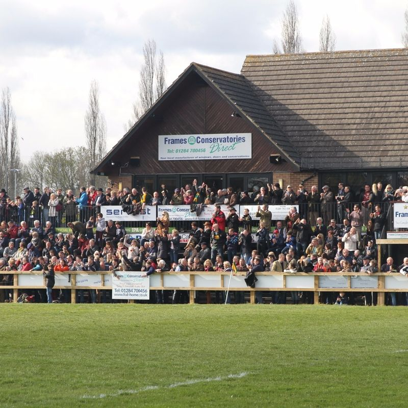 Bury go down 8-22 to high flying Taunton Titans in front of a large home crowd.