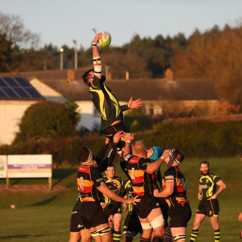 Early warning ! This Saturday...can the 1st XV extend their 3 match winning streak?