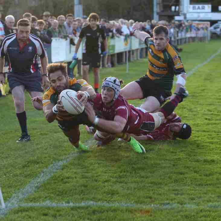 Bury go down 20-26 to league leaders Taunton in a thriller.