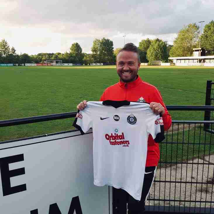 Dean Barker becomes new manager of Kings Langley
