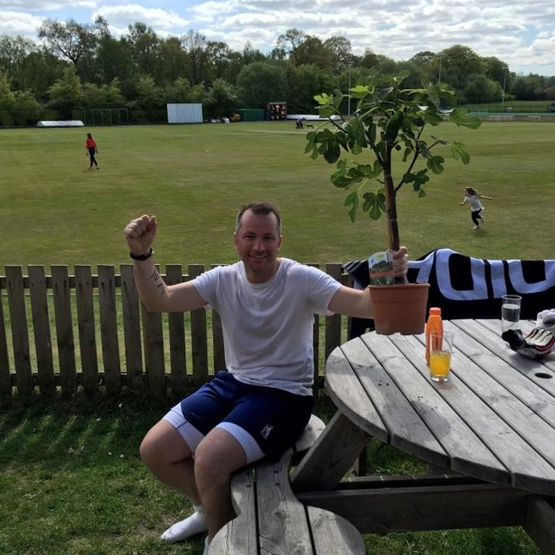 Mixed weekend for Firsts as Twos go top of Table