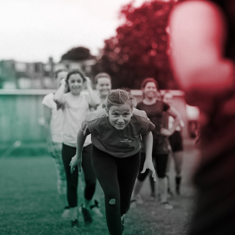 Ilkeston RUFC appeal to all local girls to come and join some fun, fresh air and sport.