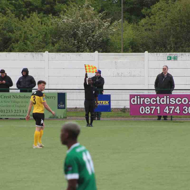 Heath Vs Ashford Utd 27th April 19 by Tony Sim