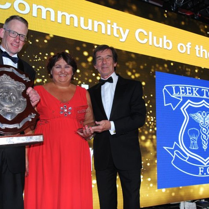 LEEK TOWN CROWNED COMMUNITY KINGS
