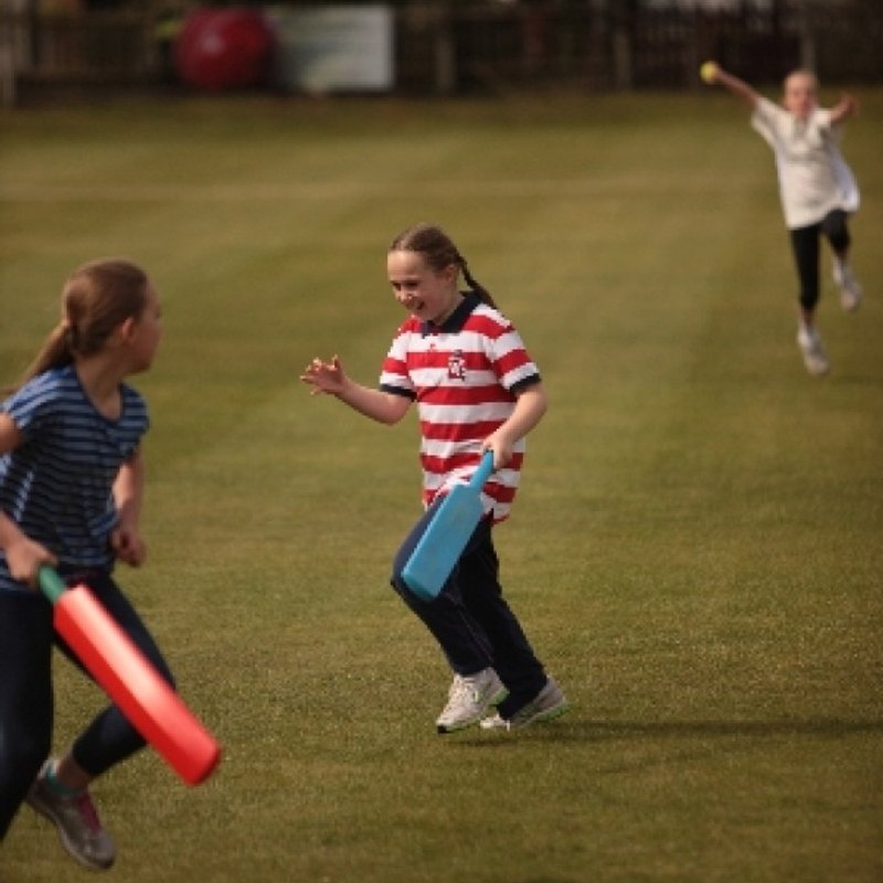 Spaces available in our Girls Cricket section for 2018