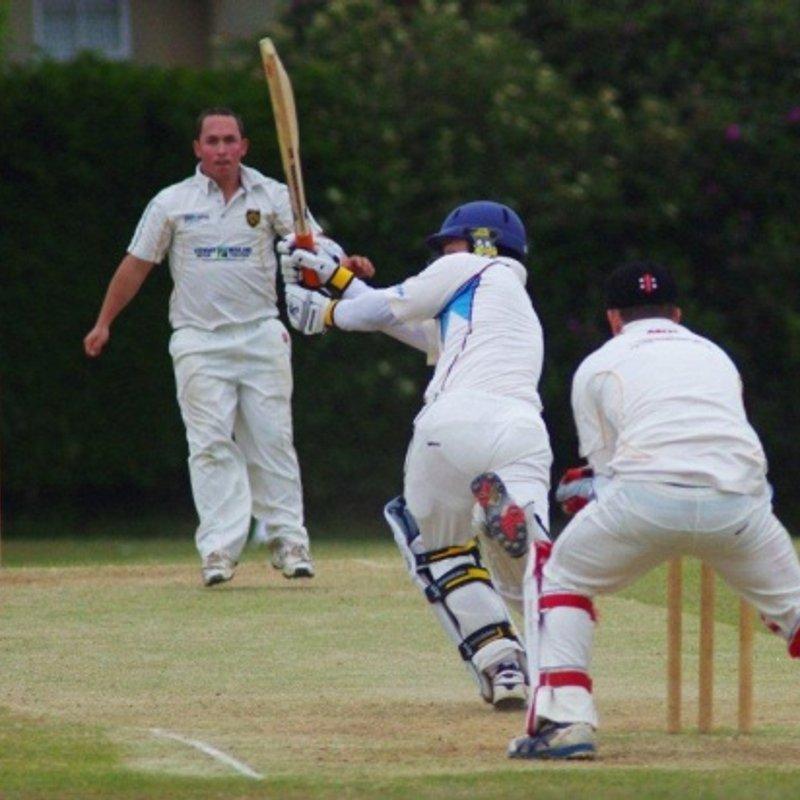 Heathfield Park CC - 1st XI 168 - 170/4 Newick CC - 1st XI