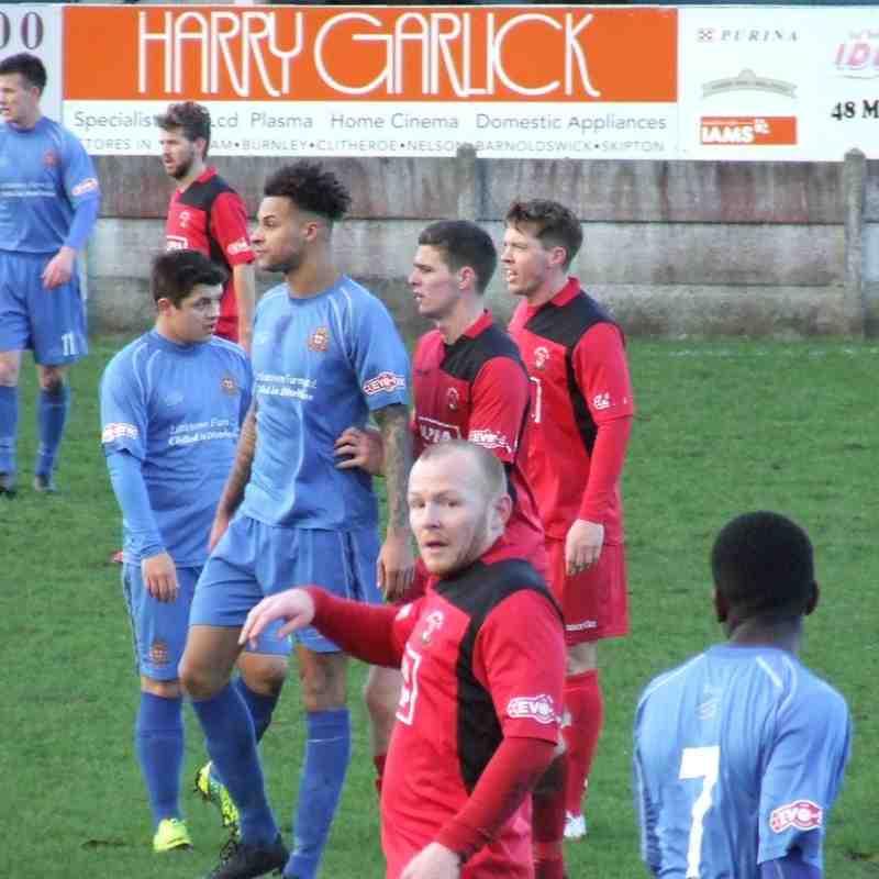Clitheroe 3-2 Droylsden