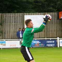Goalkeeper Taylor returns to Brighouse Town