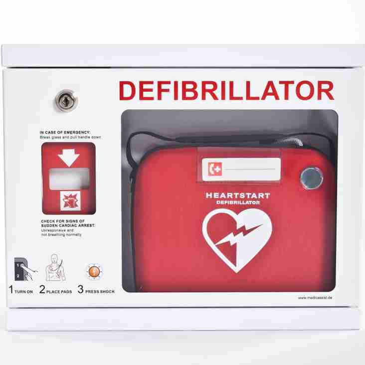 Denbigh Dogs fundraise for Village Defibrillator