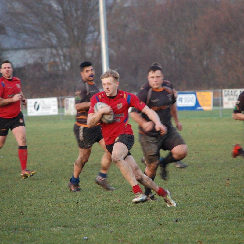 Jones fantastic four ensures victory at Cae Hafren