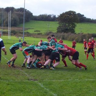 EL Lamie leads Dinbych to comfortable win.