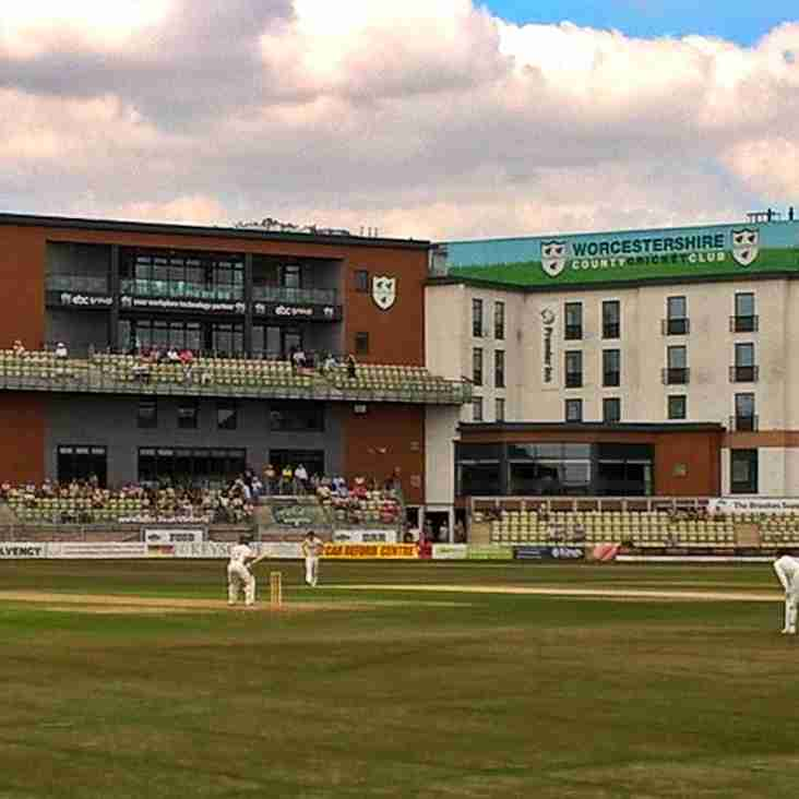 Academy Alumni Milton Hits 104* for Worcester on County debut