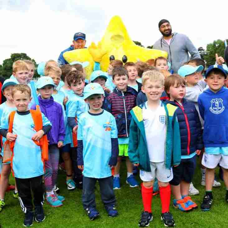 Monty Panesar makes appearance at All Stars Cricket