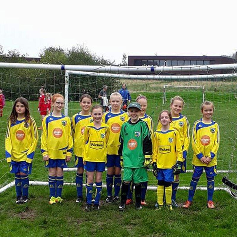 Kendal Utd Girls U11 lose to Wattsfield Girls U11 2 - 3