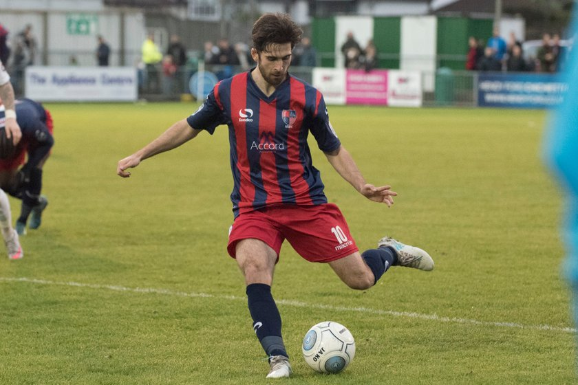 Beavers rescue last gasp draw at Chippenham
