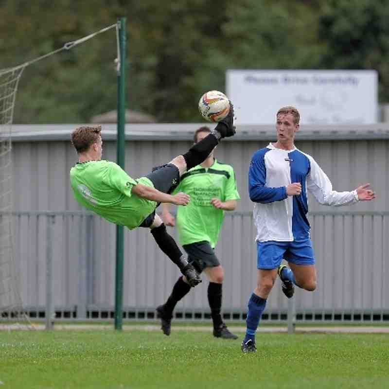 Chippenham Town V Burnham Town Match Pictures