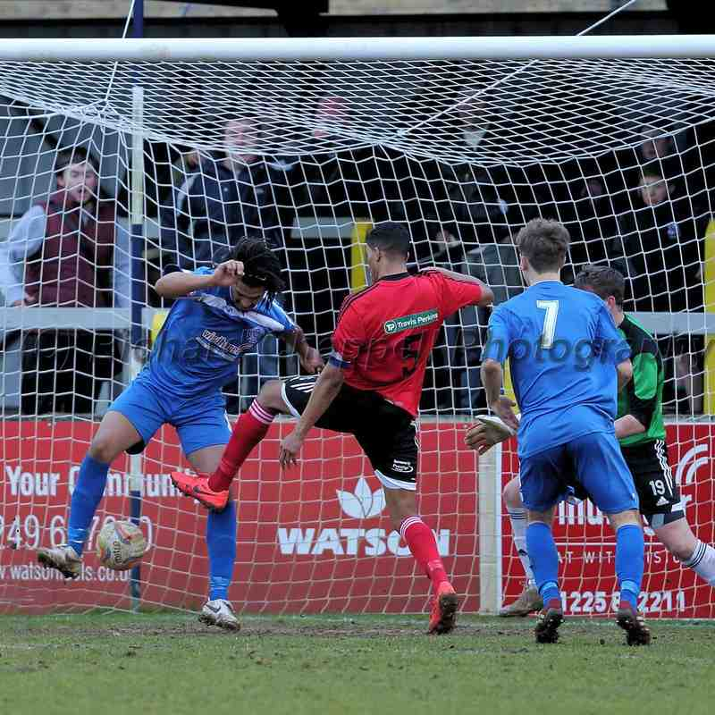 Chippenham Town V Dunstable Town Match Pictures 31st Jan 2015