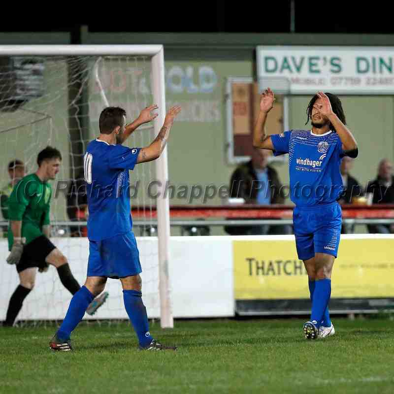 Chippenham Town V Bridgwater Red Insure Cup Match Pictures 10th Nov 2015