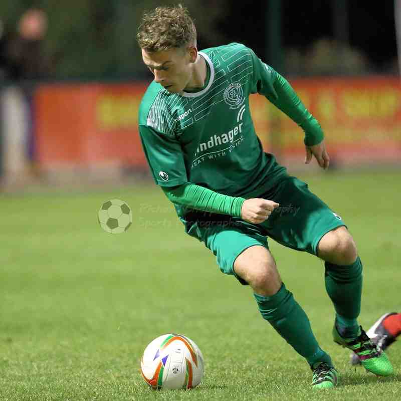 Chippenham Town V Banbury United Match Pictures 18th October 2016