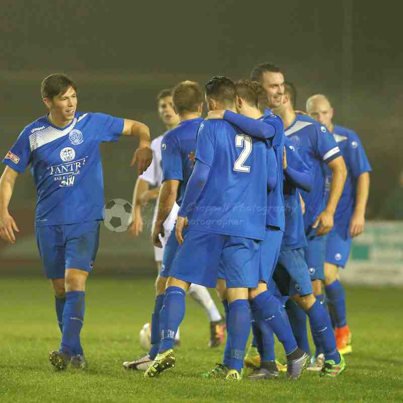 Chippenham Town V Basingstoke Town Match Pictures 25th Oct 2016