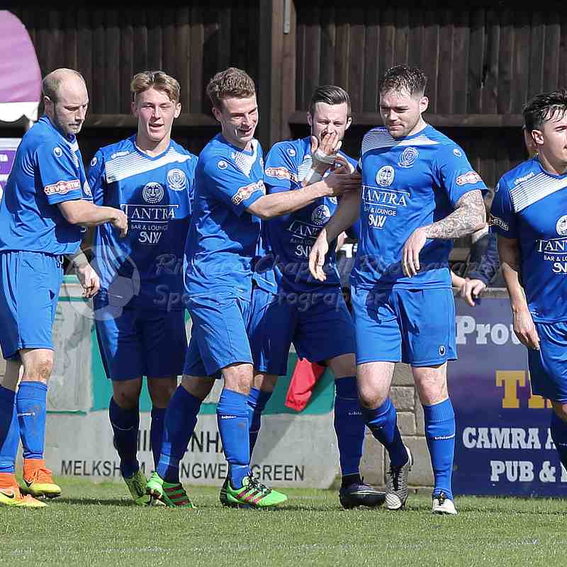 Chippenham Town V Biggleswade Town Match Pictures 1st April 2017