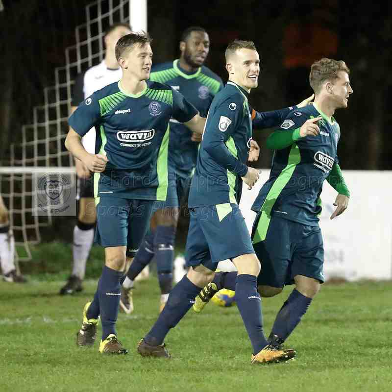 Chippenham Town V Calne Town Wiltshire Senior Cup Match Pictures 13th November 2018