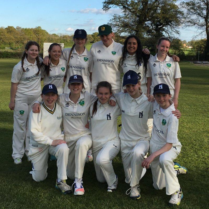 Berkswell CC - Womens 2nd XI 126 - 129/3 Earlswood CC - Womens 1st XI