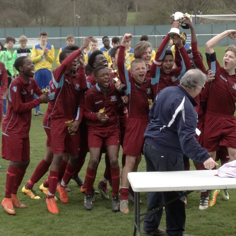 Under 15s Lift Their First Silverware of the Season