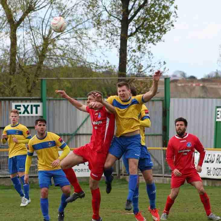 Romford v Wroxham Photo's