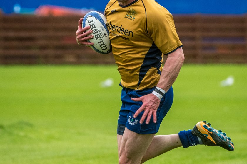 Gordonians Go Down Swinging in the Capital