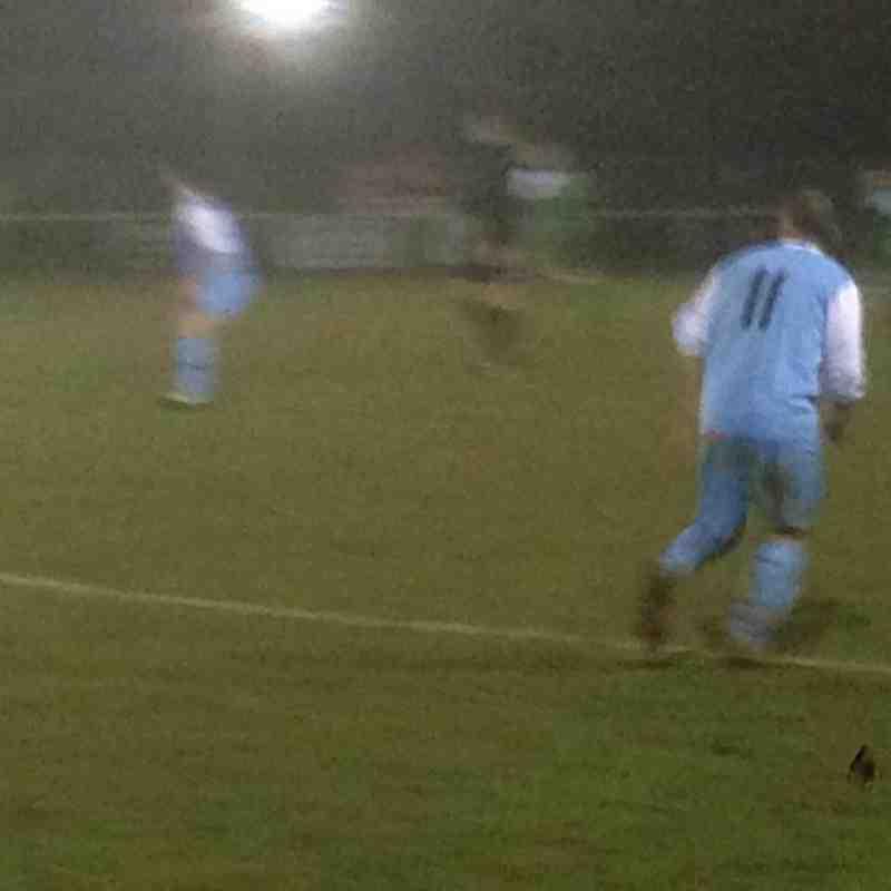 Whitton Utd v Holland FC