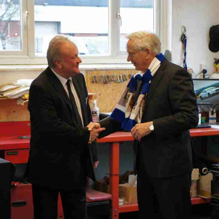 HRH The Duke of Gloucester presented with a City scarf