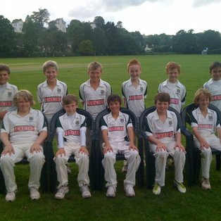 Excellent bowling sets up Bovey win.