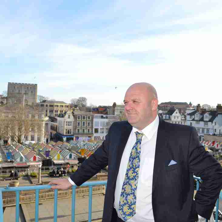 Welshman Lee takes the helm at the Yachtsmen