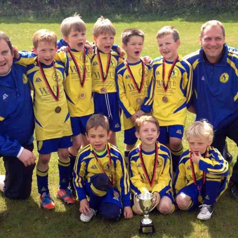 Team photo, Fair Play Trophy Winners, May 2013
