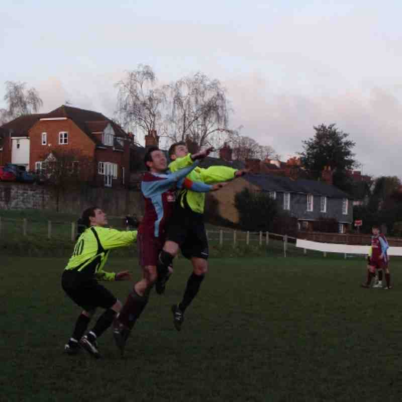 Saturday 22nd January 2011 - Farnham Town v Westfield (Combined Counties Division One)